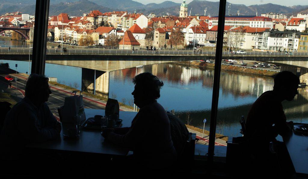V Mariboru odprli socialno trgovino Sotra