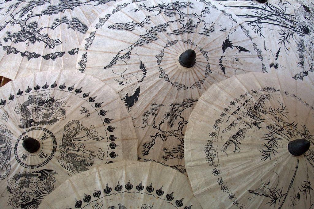 Bo Sang, dežnikova vas