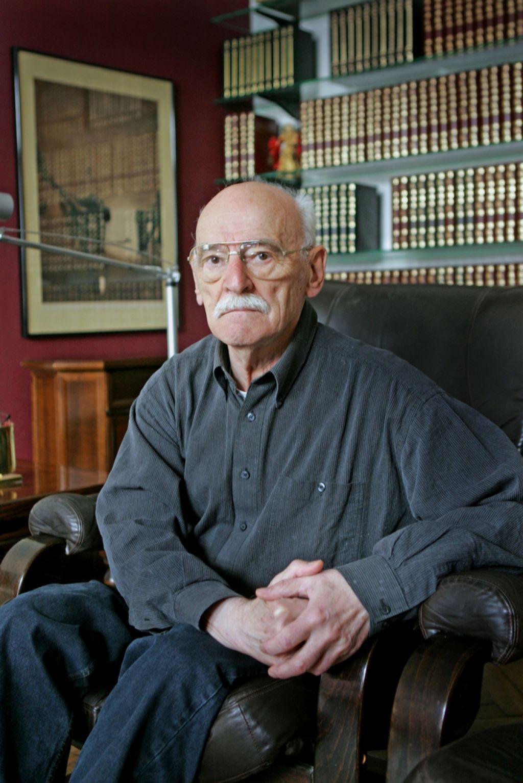 In memoriam: Vojko Duletič (1924–2013)