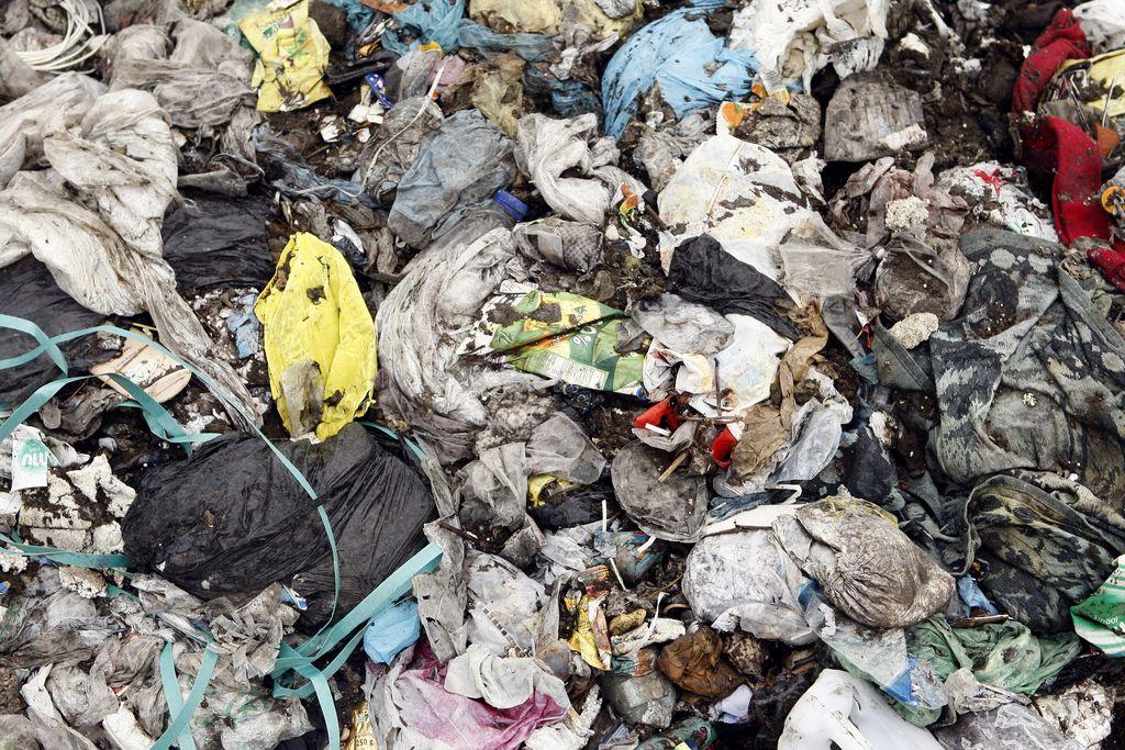 Cilj: z 88 na le 10 tisoč ton odloženih odpadkov