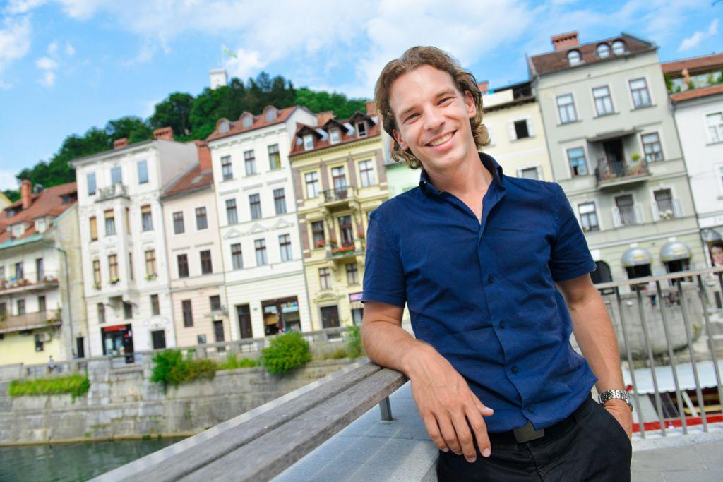 Brad Pitto za goste iz Azije