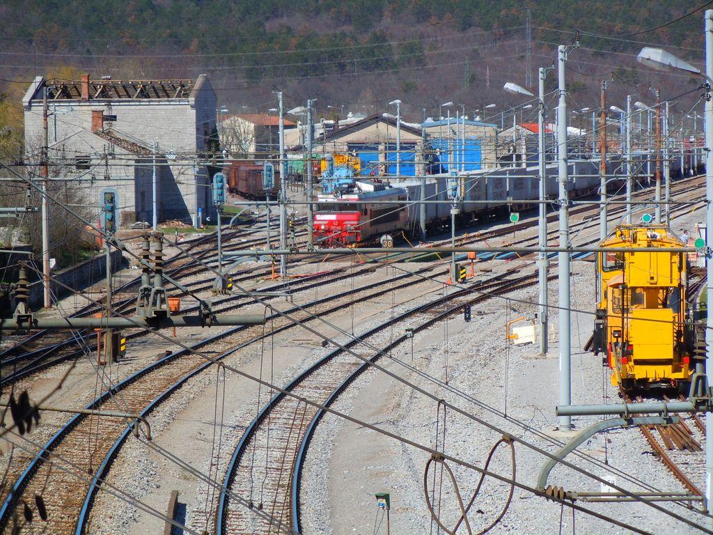 Proga med Koprom in Divačo že odprta