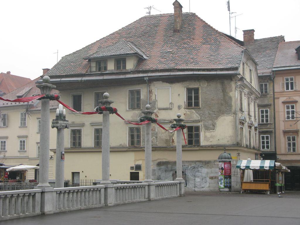 Podžupan Koželj podpira postavitev spomenika čevljarjem