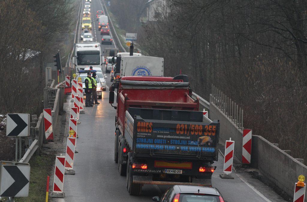 Omejitve na mostovih ob Soči in v G. Brdih