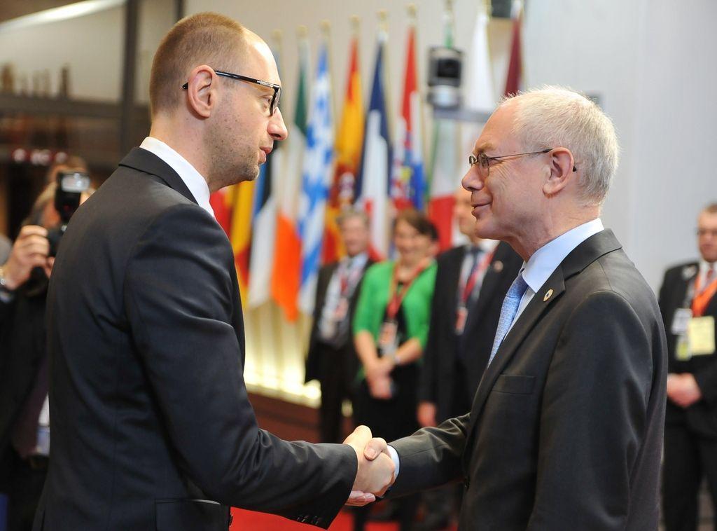 EU proti Rusiji na treh ravneh