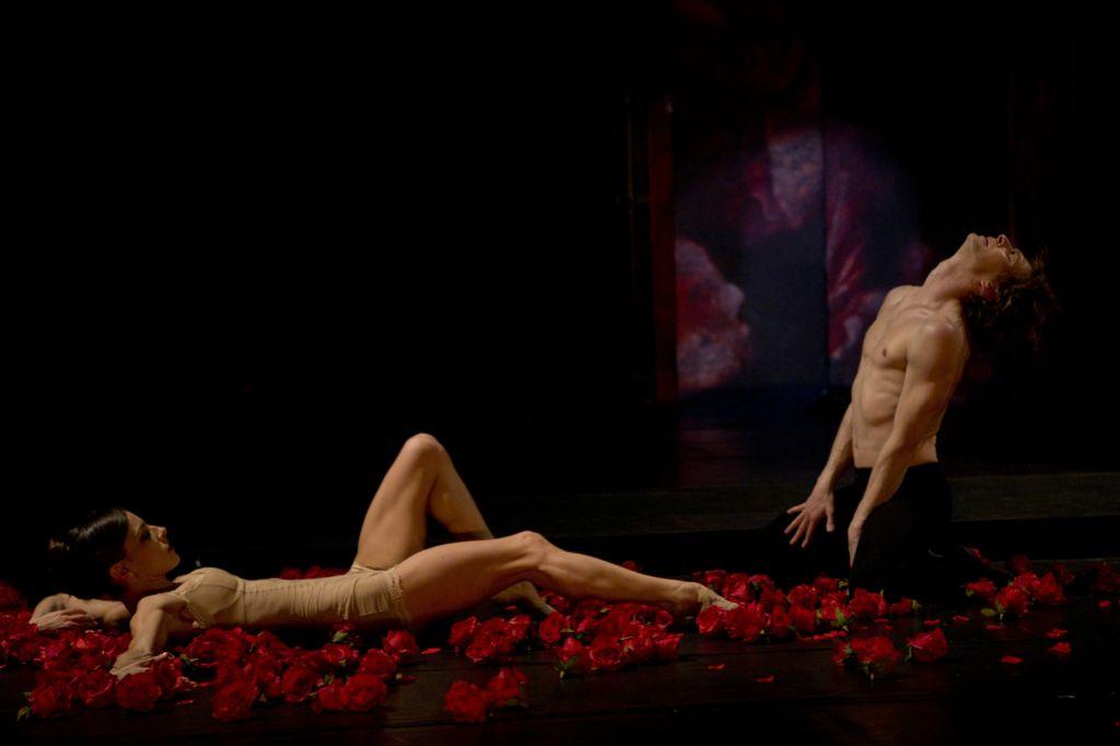 Inventura sezone: Carmen in uvožena balerina
