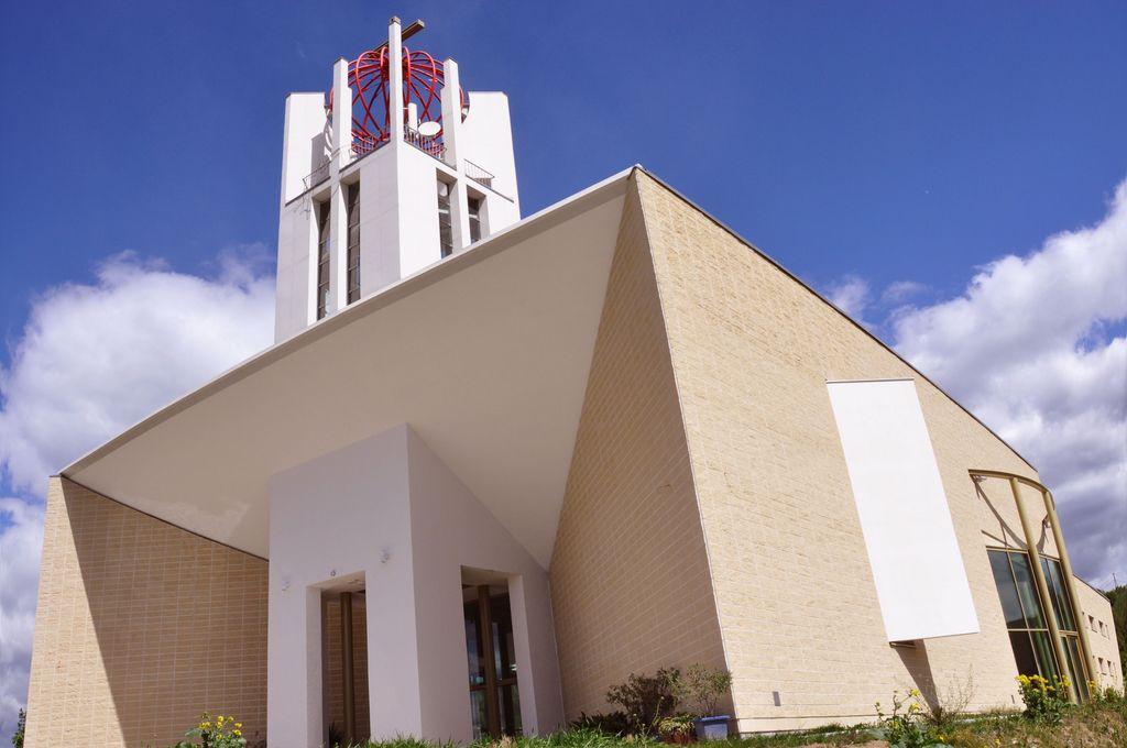 Ni zanimanja za nepremičnine mariborske nadškofije