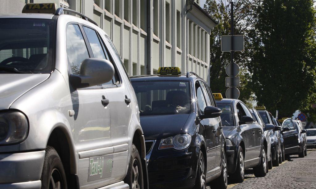 Nadzor: Skoraj vsi taksisti izpolnjujejo pogoje