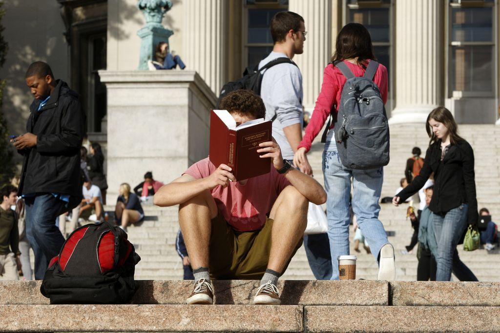 Izposoja učbenikov tudi naslednje leto brezplačna