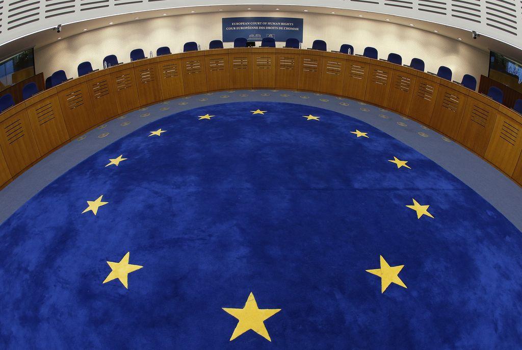Slovenija prva po številu kršitev človekovih pravic na milijon prebivalcev