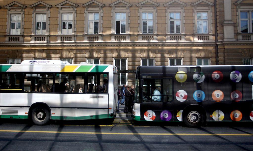 V negotovosti vsi javni cestni prevozi potnikov