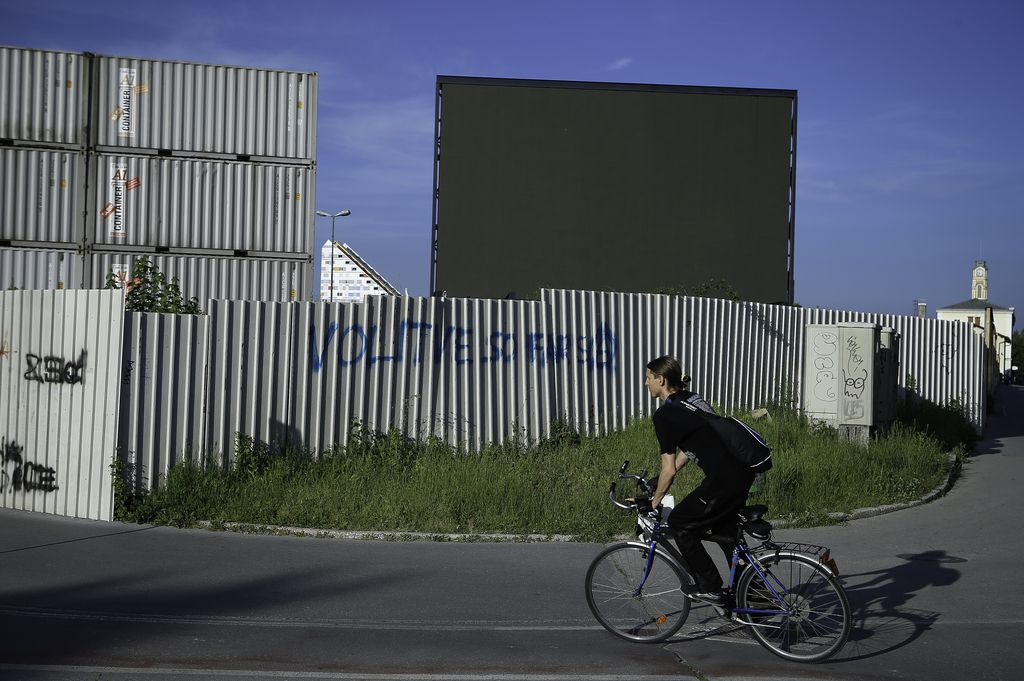 Državno podjetje na črno postavlja »digitalne velikane«