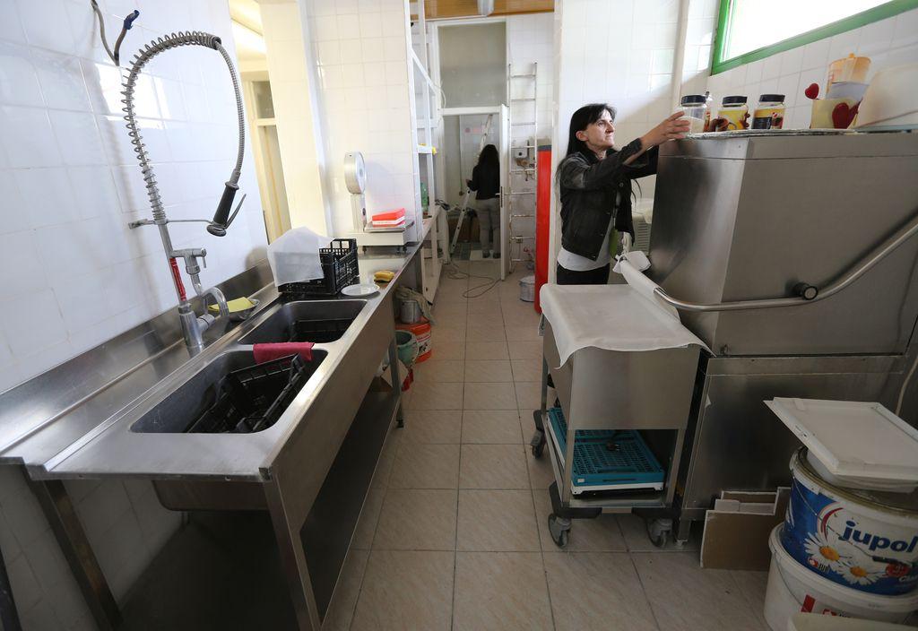 Viški hrane: Bomo socialno ogroženim delili odpadke?