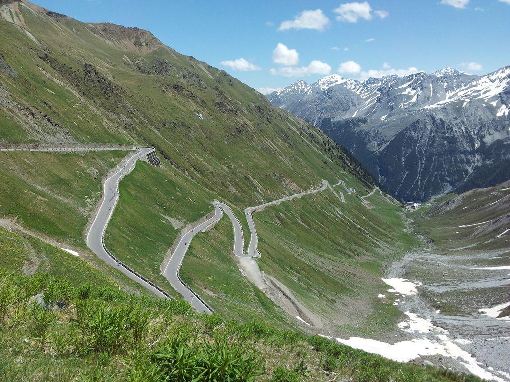 »We are Alps«: Karavana piscev ekološko prek Alp