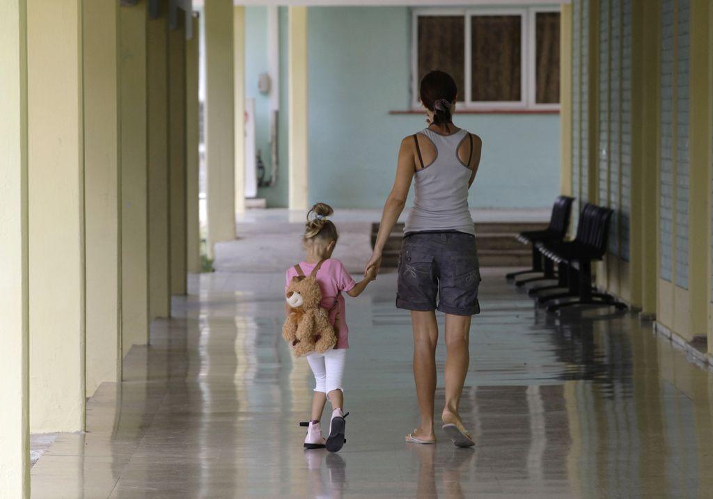 Površni pregledi so potrata časa staršev in denarja ZZZS