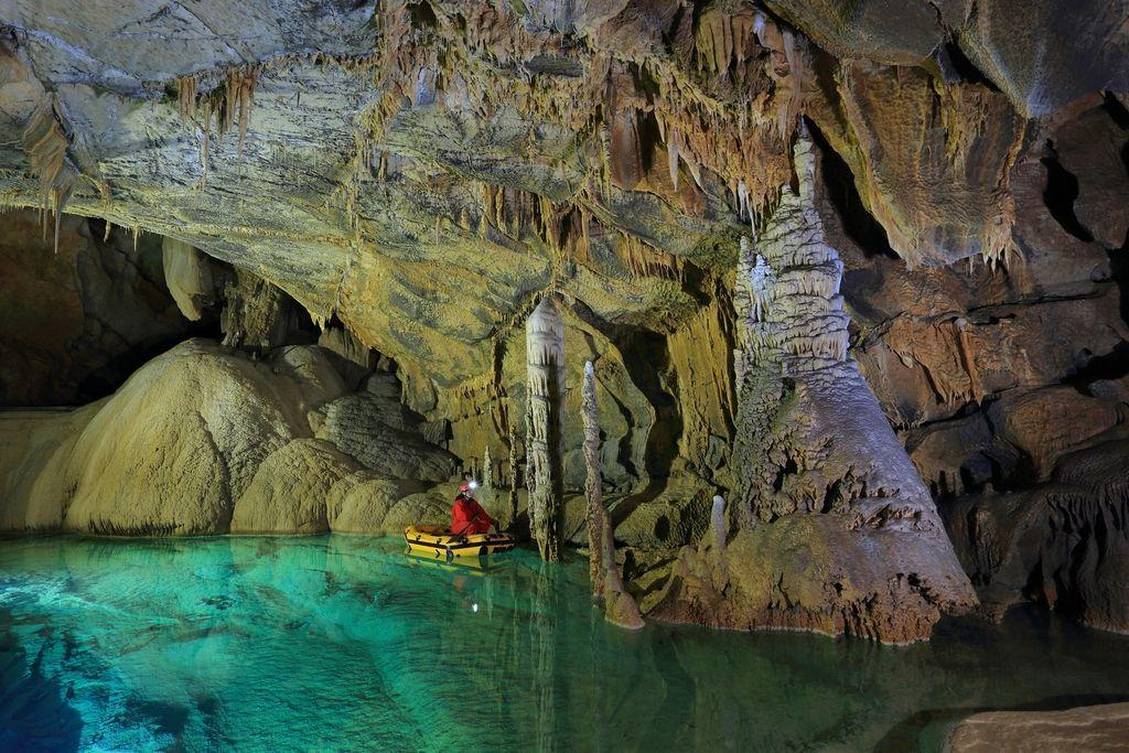 Čarobni podzemni svet Križne jame