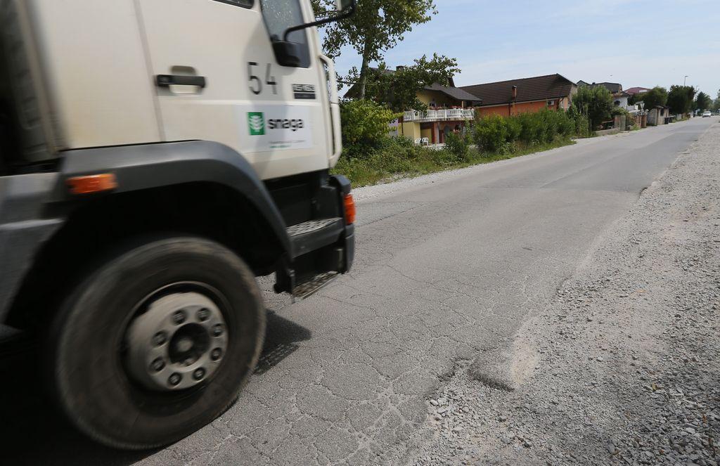 Rcero Ljubljana: Rešitev AC-priključek, ki ga noče zgraditi nihče