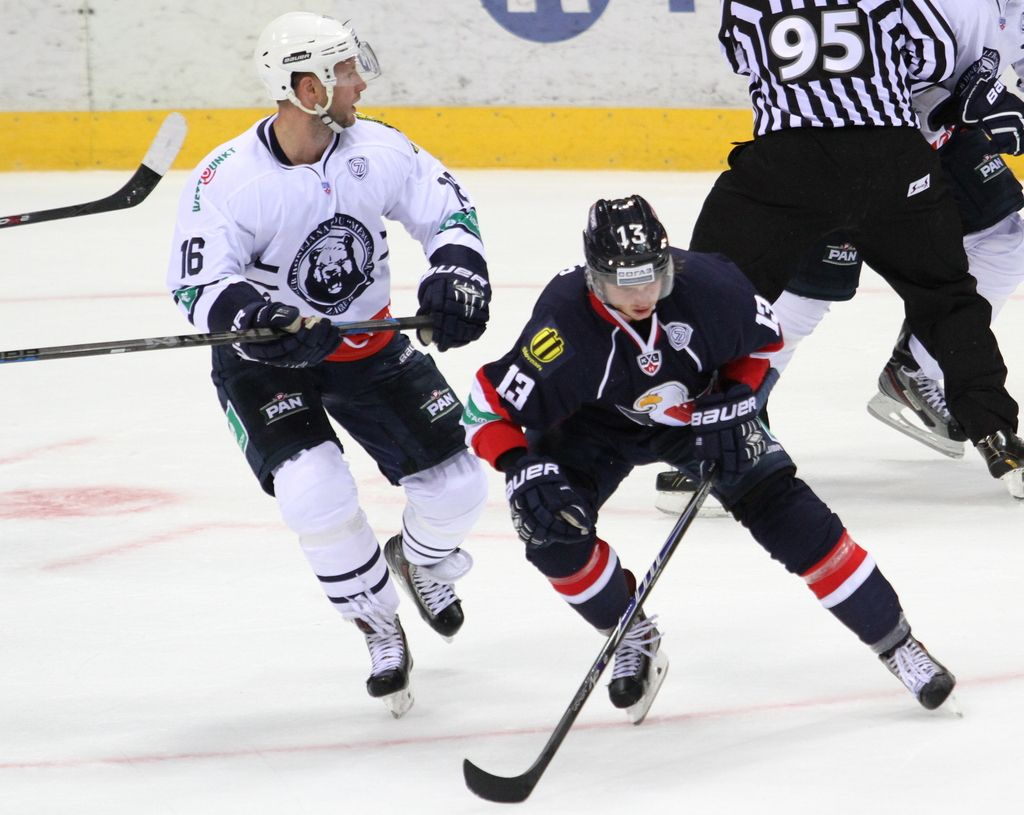 Imeli bi tri slovenske hokejiste, a jih nočejo uigravati za SP