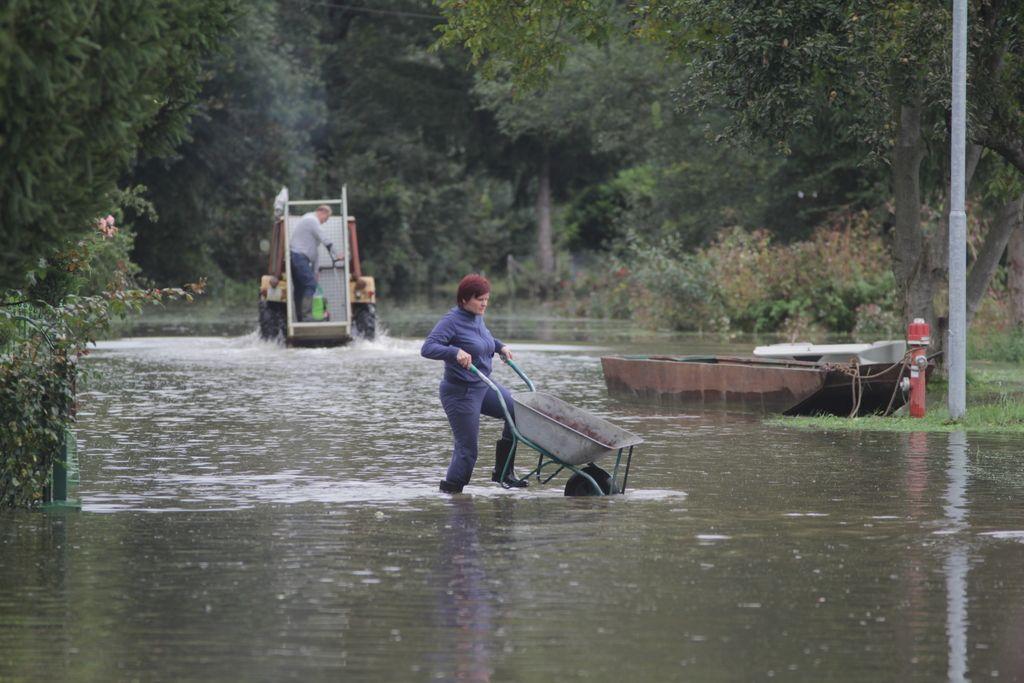 Poplave: država ravna, kot da problema ni