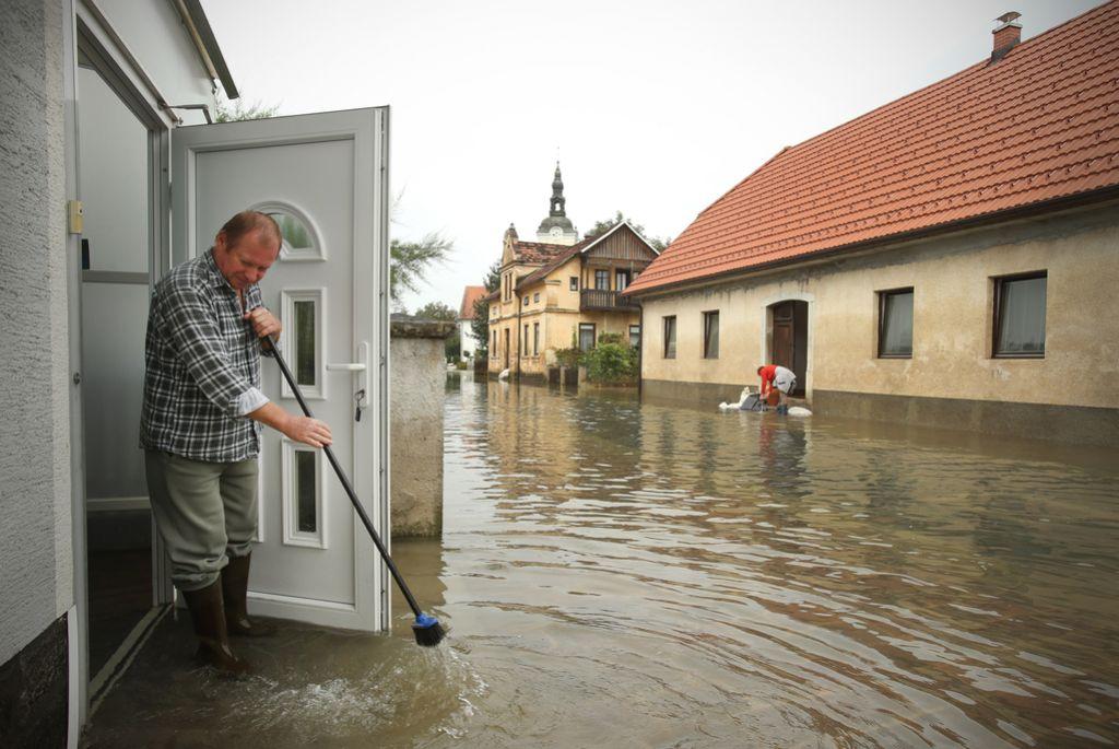 Pomoč države v poplavah po potrebna