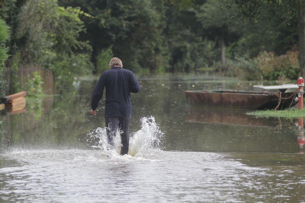 Že petdesetletne vode bi Pomurje »potopile«