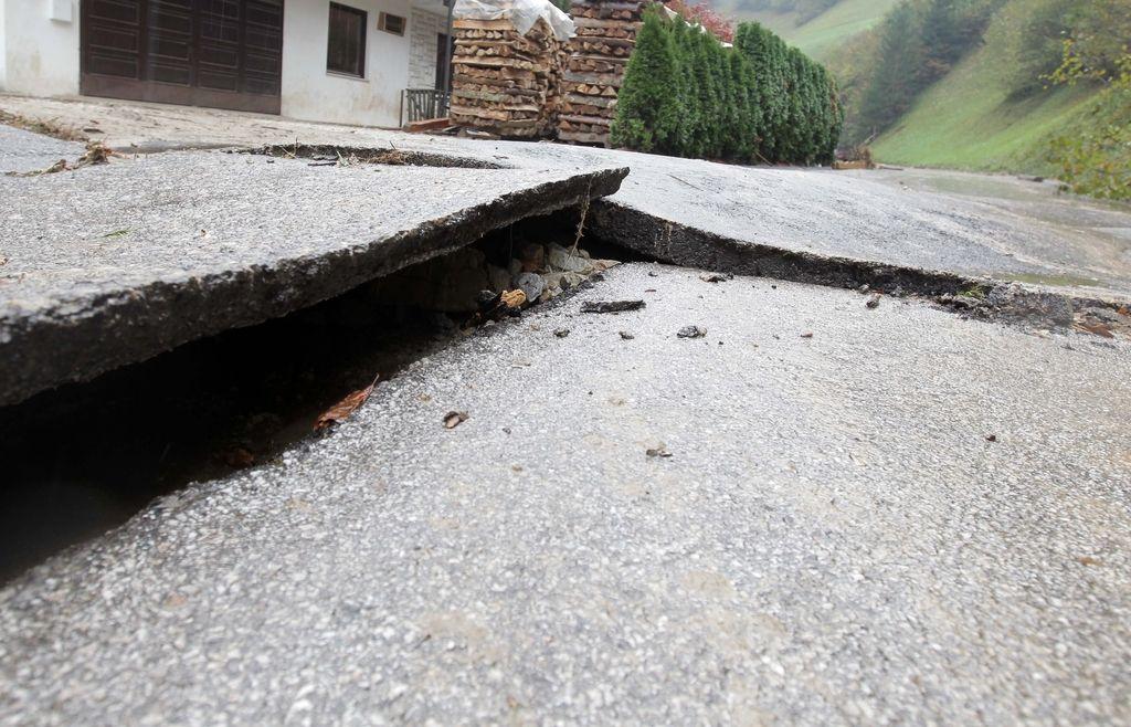 Občine za sanacijo po poplavah ne morejo računati na državo