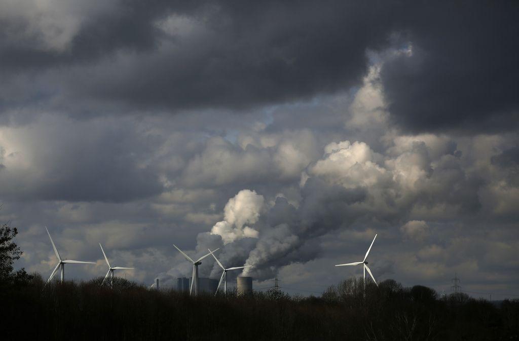 Evropa na dobri poti za zmanjšanje emisij