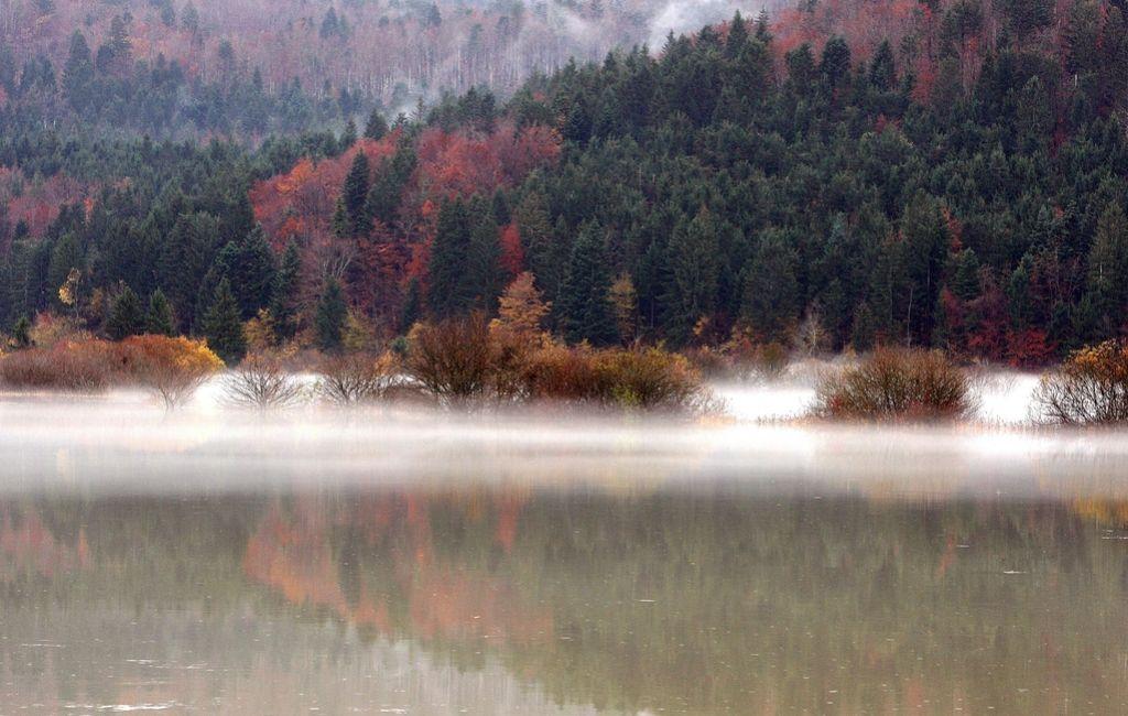 Skozi Bač teče reka, v Koritnicah ogroženih 29 objektov