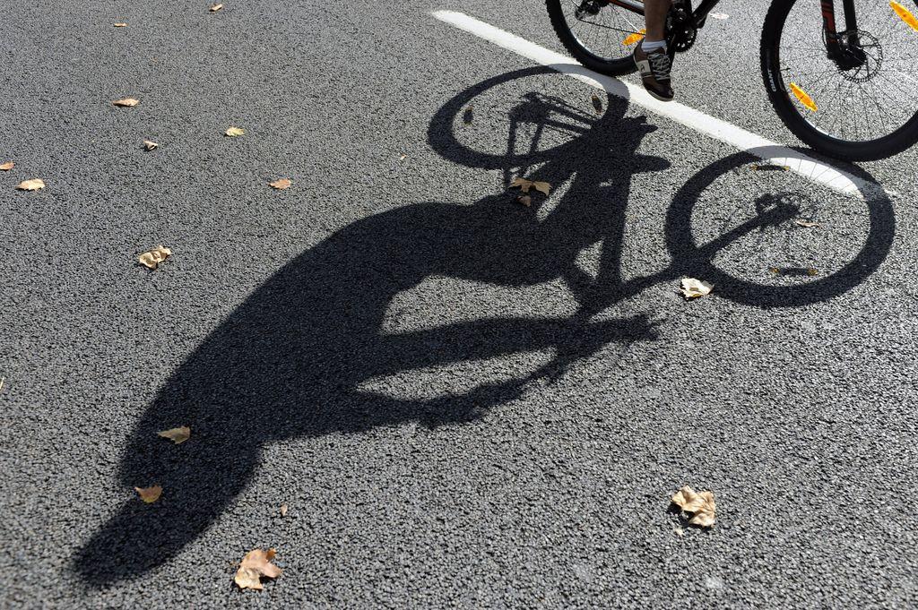Polet O2: Pot s kolesom v službo za telebane