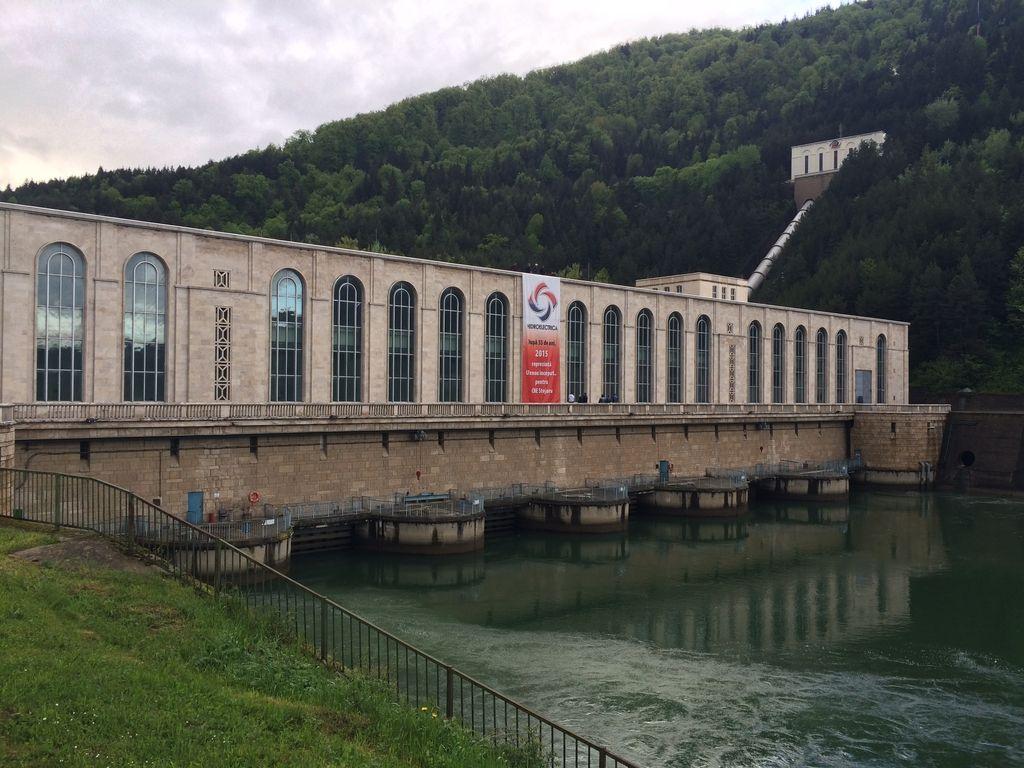 Listroj Power podpisal pogodbo za največji slovenski izvozni posel