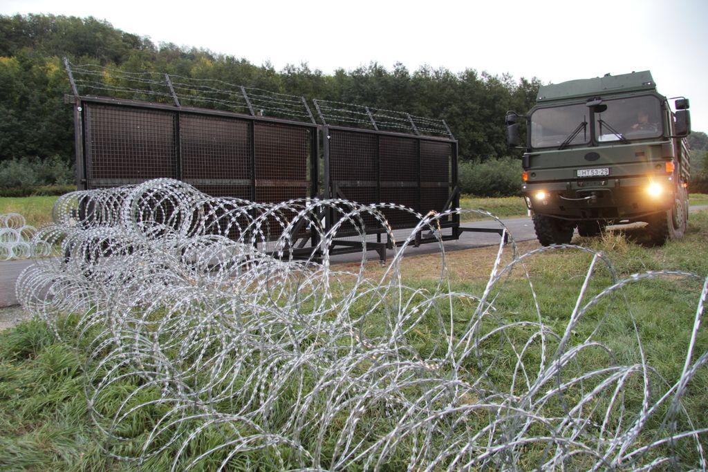 Na meji z Madžarsko ni več bodeče žice
