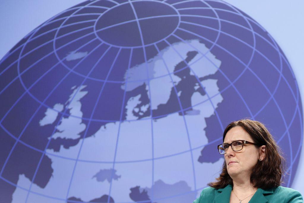 Cecilia Malmström: O zakonih, ki ščitijo zdravje in hrano, se ne pogajamo
