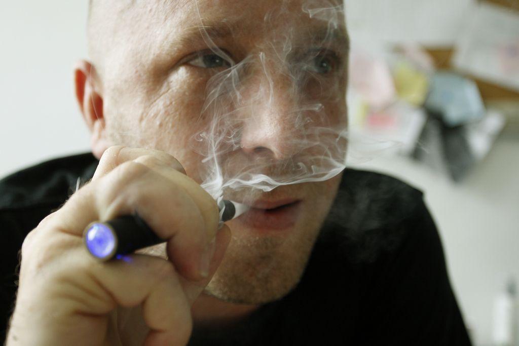 »Demoniziranje e-cigaret škodi javnemu zdravju«