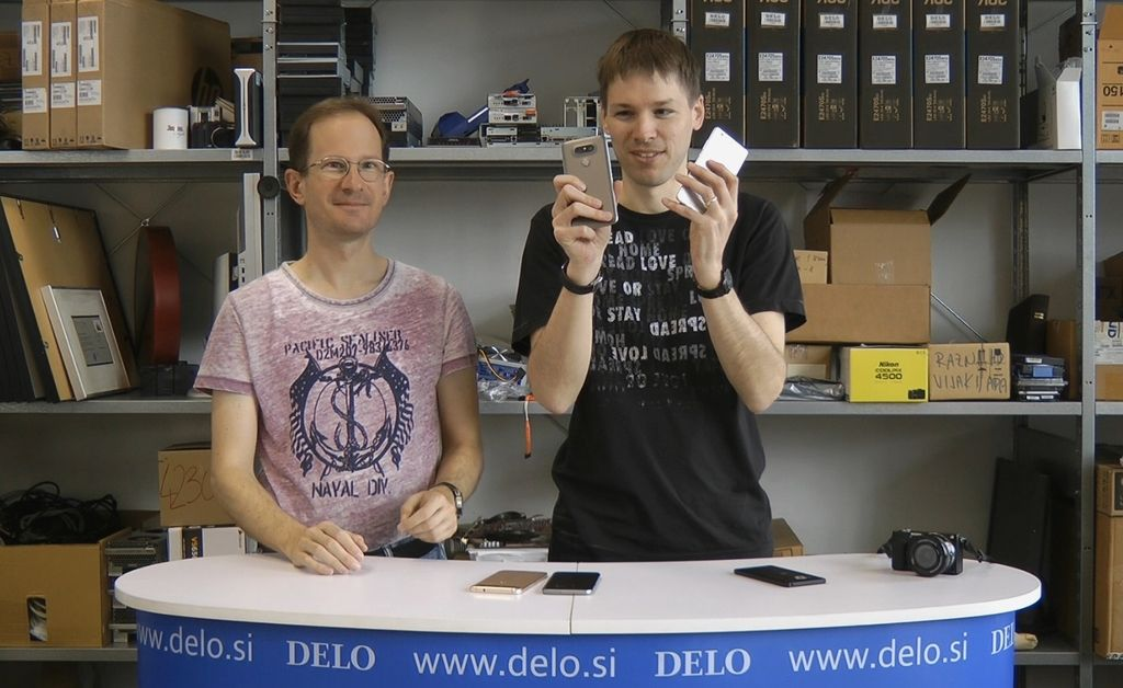 Tehnokamra: Telefoni z dvojnim fotoaparatom