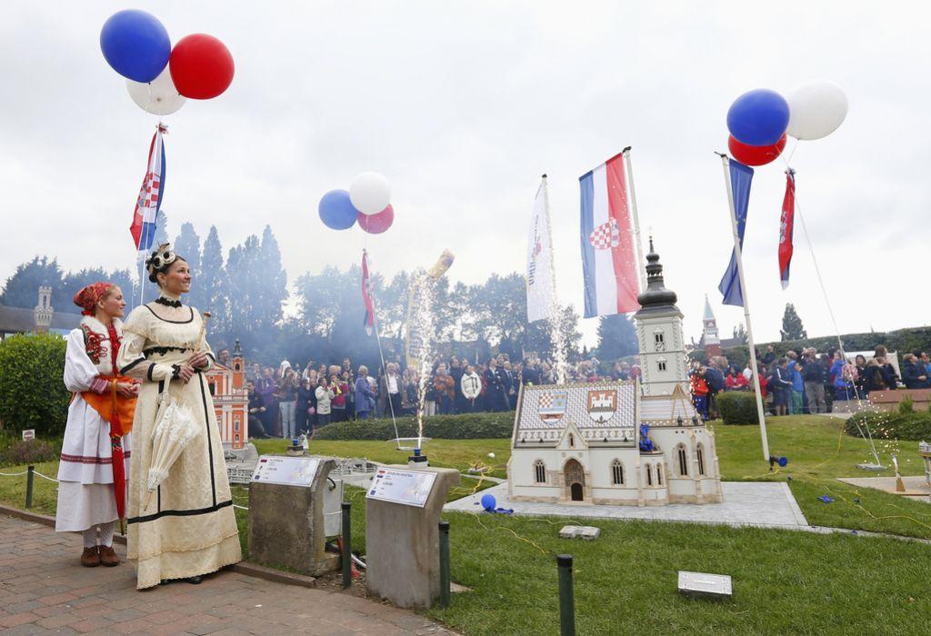 Katoliška cerkev lahko spre »komuniste s Savice«