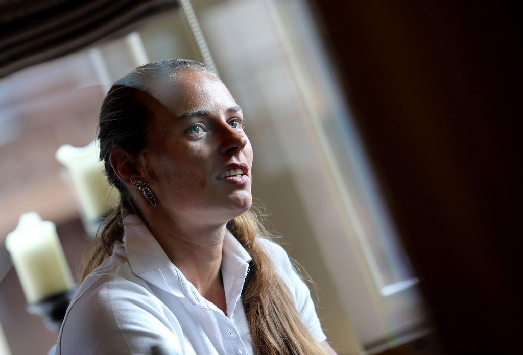 SZS: Tina Maze želi za Zlato lisico svoj dres ali 90.000 evrov