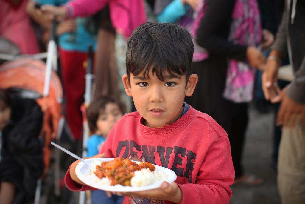 Zaradi birokratskih ovir otroci iz azilnega doma ne morejo dobiti kosila v šoli