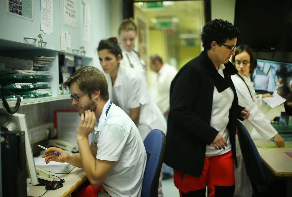 Zdravniki: prihodnost je v razvoju javnega zdravstva