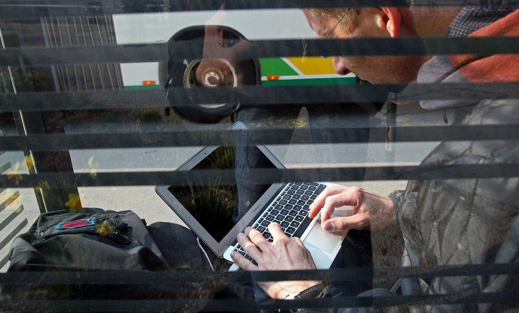 Skrivanje za vzdevkom ne zagotavlja popolne anonimnosti