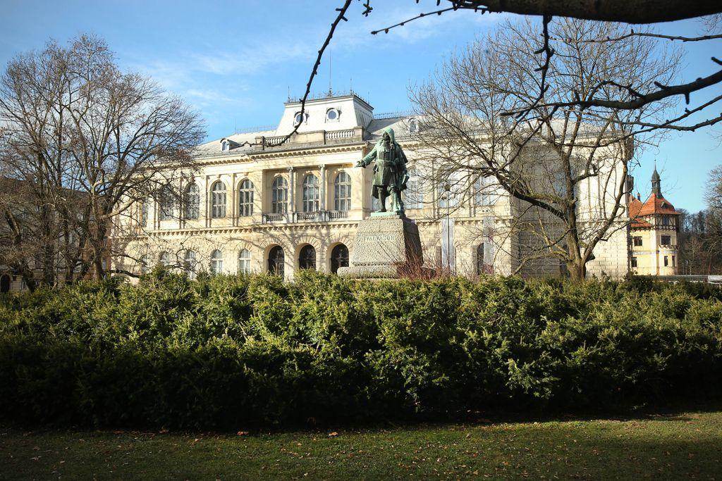 Ministrstvo zanika zanemarjanje prostorske problematike Prirodoslovnega muzeja