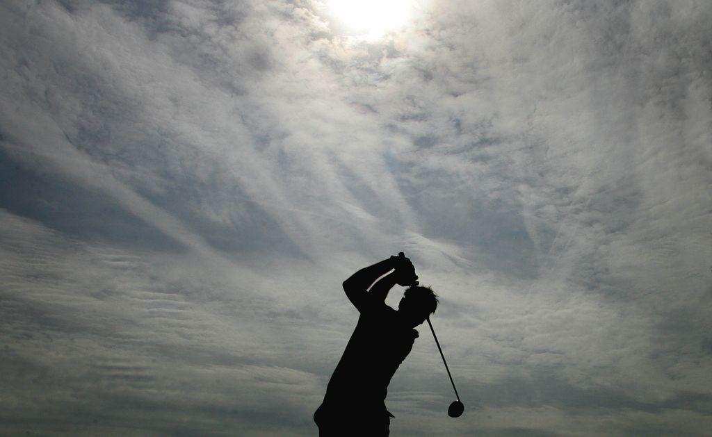 Lovec na igrišču za golf na Barju obstrelil golfista