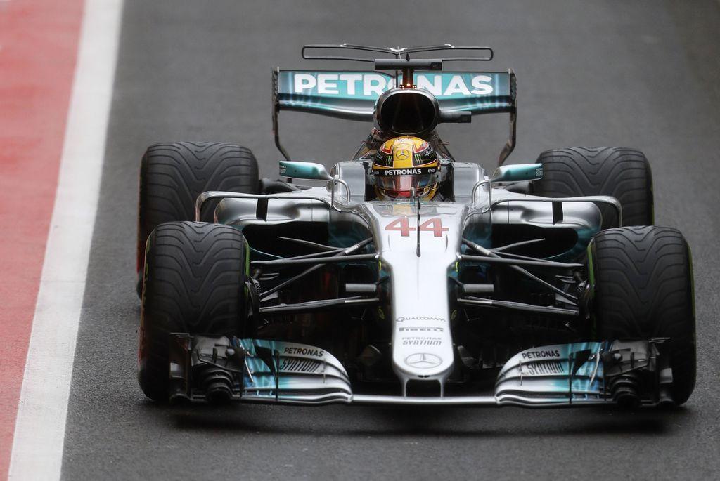 Na domačem terenu še 67. »pole« za Hamiltona