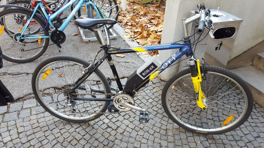 Postaje za izposojo koles so odveč