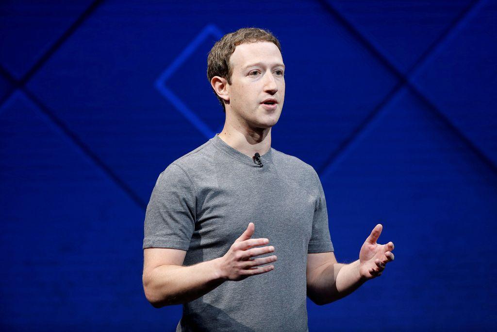 Facebook tone v politični škandal