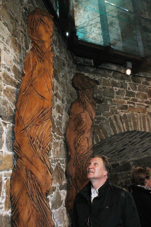 Na Ljubljanskem gradu izbor Olesenelih senc Dragice Čadež